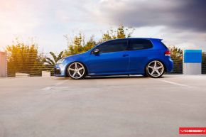 VW Golf R |  VVS-CV3 - Matte Silver Machined - E: 19x8.5 / H: 19x8.5