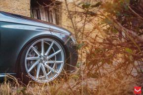 Audi RS4 |  CVT - Metallic Silver - E: 20x10.5 / H: 20x10.5