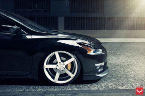 Nissan Altima | VVS-CV3 - Matte Silver Machined - E: 20x10.5 / H: 20x10.5
