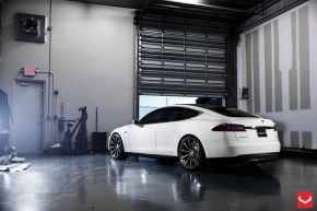 Tesla Model S | VVS-CV1 - Matte Black Machined - E: 22x10.5 / H: 22x10.5
