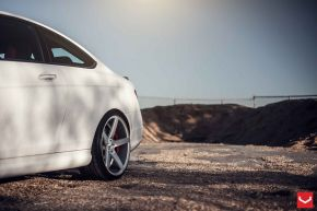 Mercedes Benz C Class | VVS-CV3 - Matte Silver Machined - E: 20x9 / H: 20x10.5