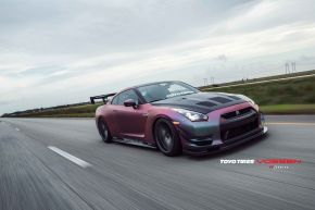 Nissan GTR | VFS2 - Gloss Graphite- E: 20x10.5 / H: 20x12