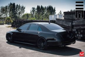 Mercedes Benz S Class | VFS2 - Custom Finish- E: 22x9 / H: 22x10.5