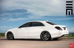 Mercedes Benz S Class | VFS1 - Matte Graphite - E: 22x9 / H: 22x10.5