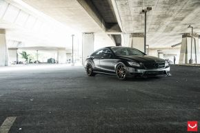 Mercedes Benz CLS | CVT - Custom Finish - E: 20x9 / H: 20x10.5