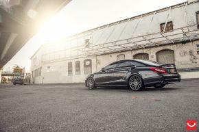 Mercedes Benz CLS | VFS2- Gloss Graphite - E: 20x9 / H: 20x10.5