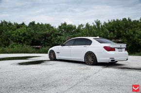 BMW 7 Series | VFS2 - Satin Bronze - E: 22x9 / H: 22x10.5