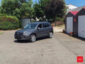 VW Tiguan | CV7