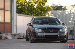 VW GOLF R | VWS-1